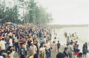 pantai-gandoriah1